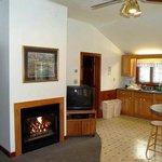 Wills Inn R20-21 2 bed 2 bath cottage