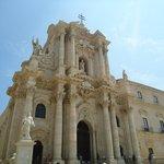 Fachada barroca do Duomo