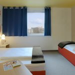 B&B Hotel Kaiserslautern - Familienzimmer für 3 Personen