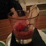 la crème fruit rouge tuile chocolat blanc