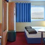 B&B Hotel München-Airport - Familienzimmer für 3 Personen
