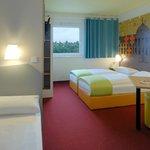 B&B Hotel Wiesbaden - Familienzimmer für 3 Personen