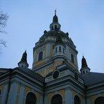 Церковь св. Екатерины под окнами отеля