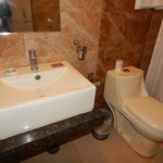 Hotel Bathroom with Modern Amenities