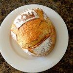 Dauphine bread .