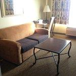 Living Room Room 425