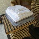 Asciugamani e lenzuoli, cambio quotidiano