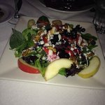 Gorgonzola fruit salad with fancy greens