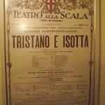 Cartaz antigo de apresentação da ópera Tristão e Isolda em 1930