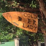 Cold Beer Lady - Astillero