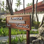 Restaurante del almuerzo al lado de la playa