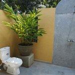 Outdoor bathroom! Feels great!
