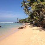 Beach 3min away