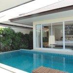 pool villa 35