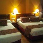 Habitación Cama de matrimonio y cama adicional