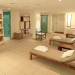 """""""Privat Spa"""" mit einer Sauna, Regenwald-Dusche und Wannenbad"""