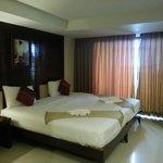 2 кровати