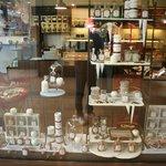 Liebevoll gestalteter Laden mit viel Blick für Details