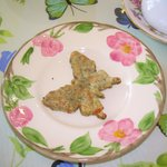 THE BUTTERFLY CRACKER THAT WAS SERVED WITH THE SOUP.