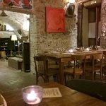 Dinner place with live music (folk, traditional, romance) corner