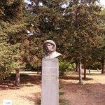 памятник Ю.Гагарину в Морском парке