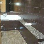 Apartment 13 - Jacuzzi Bath
