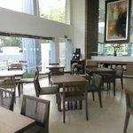 residents lounge & breakfast place