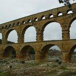 A proximité du pont du Gard