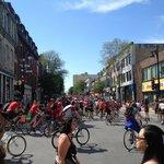 Bike race in Le Plateau