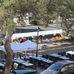 Sundays's marketplace