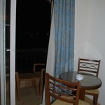 table+balcony