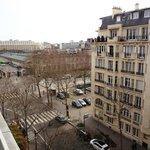 Vue de l'Hôtel - Côté Rue - Avenue de La Bourdonnais
