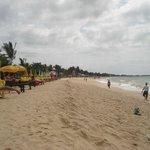 praia próxima ao hotel