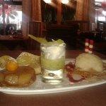 Tatin de poires,gaspaccio d'ananas et coco et sa crème lègère