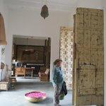 Huge entrance doors / reception