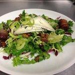Arugula and Chicory Salad and Orange Dressing