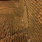 Not vacuumed floors����������vacuum the corners at least