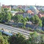 部屋からのハンブルグ大学方面の眺め