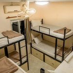 8 Bedroom Dorm Room