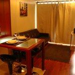 Cozinha integrada, sofá cama opciona, toca cd