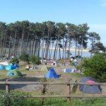 Una vista del camping de las Islas Cíes.