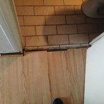 Creaking floor