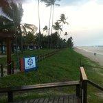 Fachada do hotel (vista da praia)