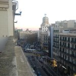 4F rooftop terrace overlooking La Rambla towards South