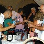 Degustazione dei migliori vini del Salento.