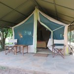 Front porch tent 22