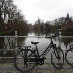 QuasiMundo Brugge City Bike Tour.