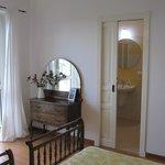 Camera doppia con bagno privato e balcone