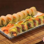 Mal Pais Roll And Rice Paper Roll