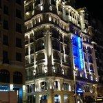 hotel atlantico at night